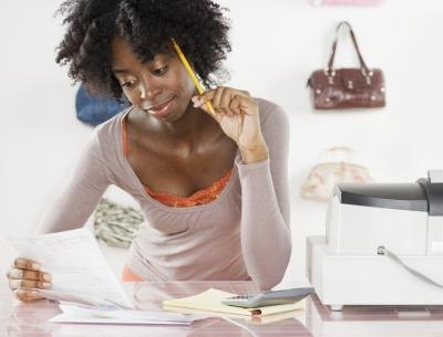 How to Create a Budget for a Single Woman
