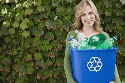 Pros & Cons of Recycling Plastic Bottles