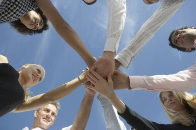 What Are the Benefits of Team Building Exercises?