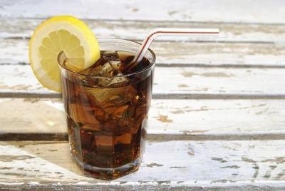 Can You Drink Carbonated Drinks During a Pregnancy?