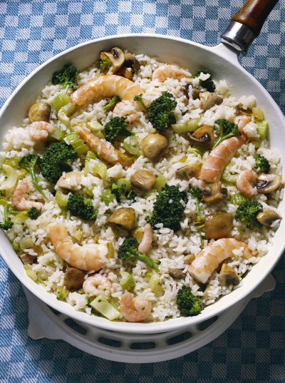 Sometimes shrimp and broccoli is served with rice, which will increase the amount of carbohydrates in the meal.