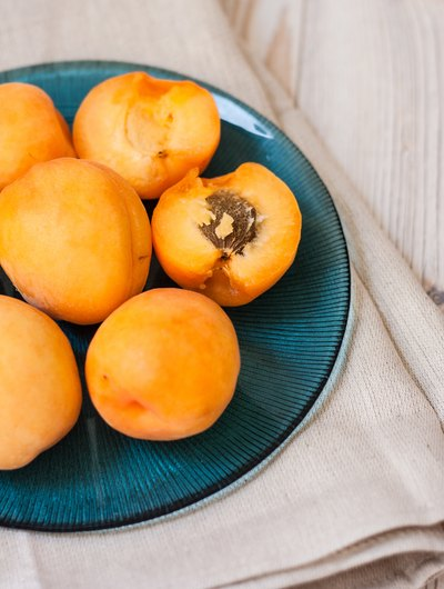 What Are the Benefits of Apricot Kernels?