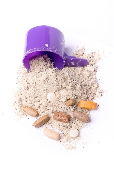 Can I Take Multivitamins With Protein Powder?
