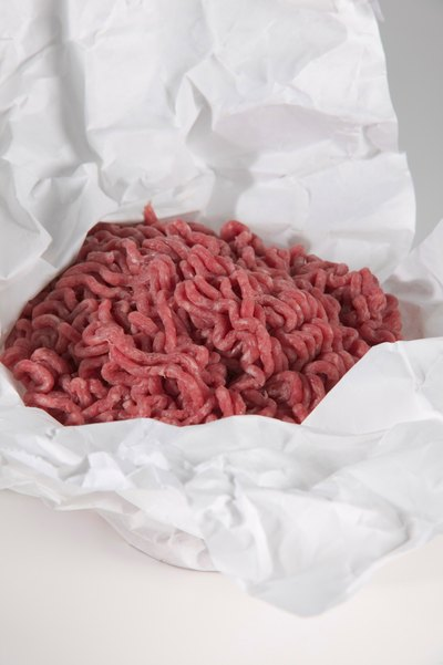 Fat Content: Ground Beef vs. Bison
