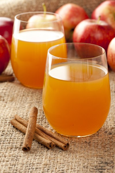 How to Make Hard Cider from Store-Bought Apple Juice