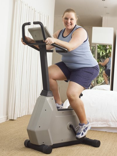 The Best Exercise Machines for Overweight Females With Bad Knees
