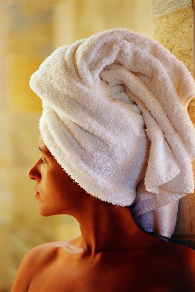 Saunas deeply cleanse your skin.