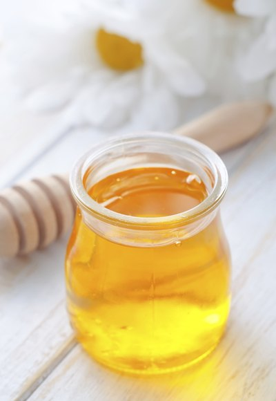 Raw Honey Versus Manuka Honey