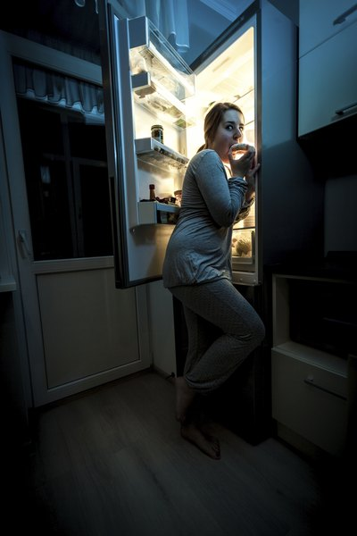 Do Midnight Snacks Speed Up Metabolism?