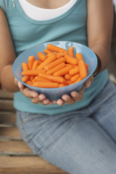 How Many Calories Are in One Baby Carrot?