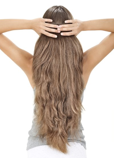 Thickening Your Hair With Cloves and Olive Oil