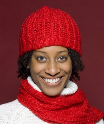 How to Prevent Hair Breakage From Wool Hats