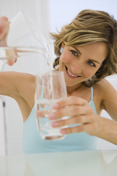 How Much Water Does Your Body Retain When You Drink 8 Ounces of Water?