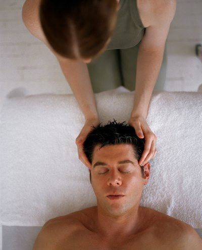 Chinese massage relieves pain, boosts immunity and prevents illness.