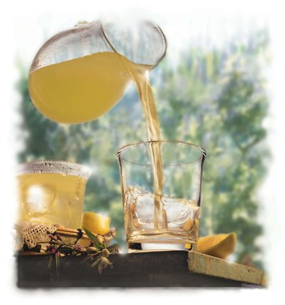 Lemonade provides a natural antioxidant.