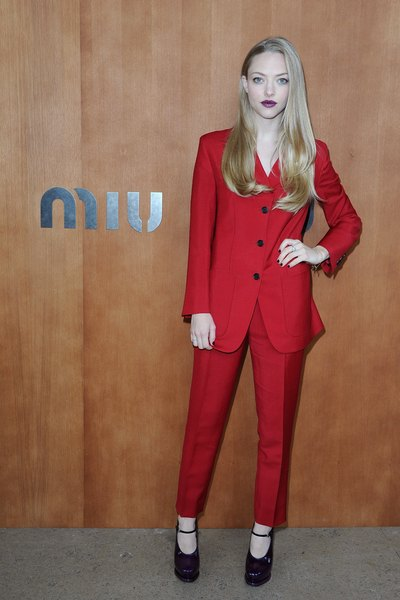 Unexpected and daring, Amanada Seyfried's red pantsuit stands out from the crowd.