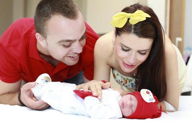 Emotional Factors of Teenage Pregnancy | LIVESTRONG.COM