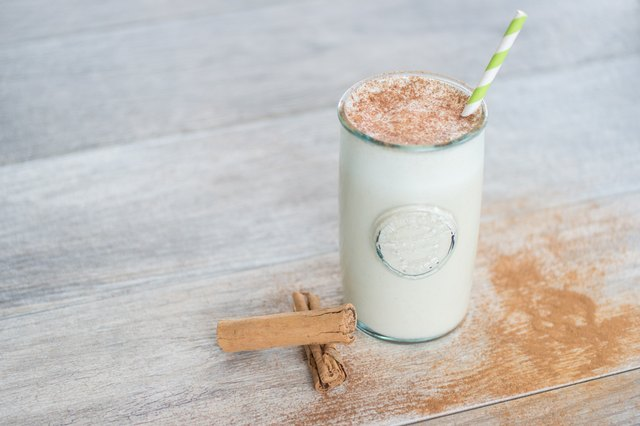 This protein-rich smoothie brims with vanilla, maple syrup and warm spices.
