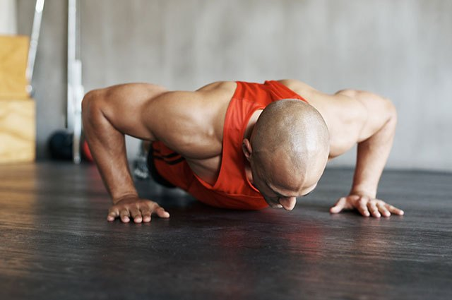 Does your back stay straight when you do 10 push-ups?