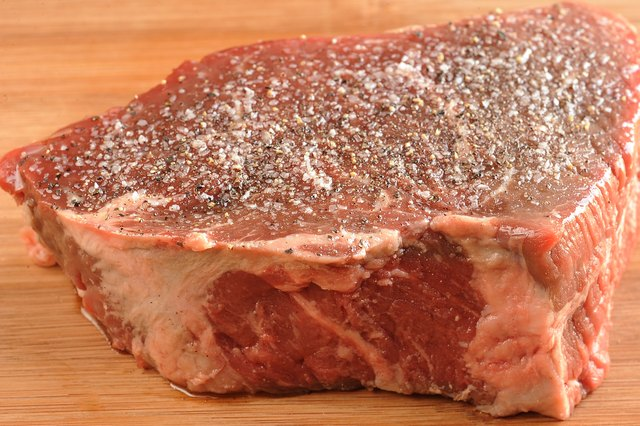 How To Cook Sirloin Steak In An Oven Livestrong Com