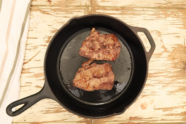 How To Cook A Flatiron Steak In A Frying Pan Livestrong Com