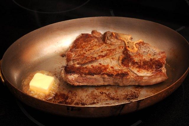 How Do I Pan Fry A Porterhouse Steak Livestrong Com