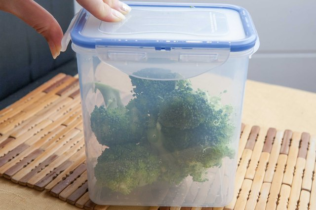 how to store fresh cut broccoli