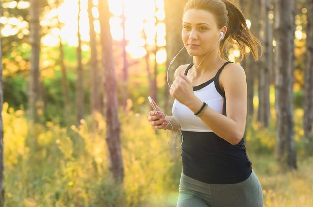 High-intensity cardio is a good way to train when you run.