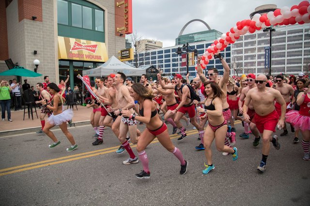 Runners show up wearing nothing more than their skivvies to fund a cure for neurofibromatosis.