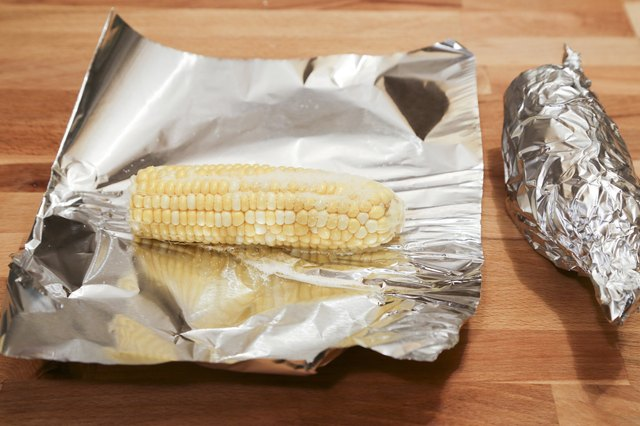 how to properly cook corn on the cob