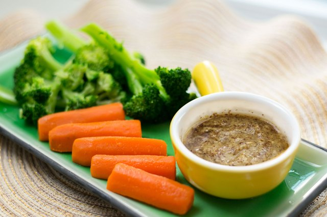 Sauces to Go With Steamed Vegetables | LIVESTRONG.COM