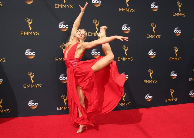 At the Primetime Emmy Awards, Jessie Graff strikes a pose that shows off her athleticism and sense of humor.