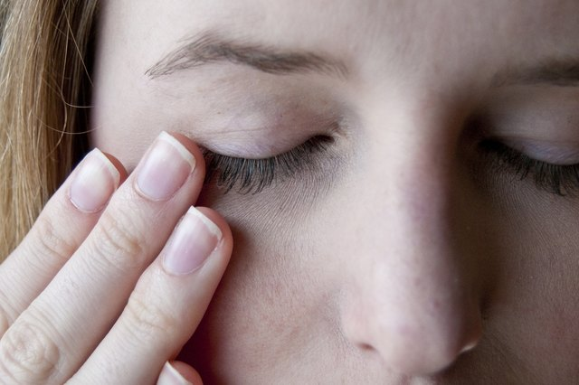 How to exfoliate dry flaky eyelids livestrong step 5 ccuart Images
