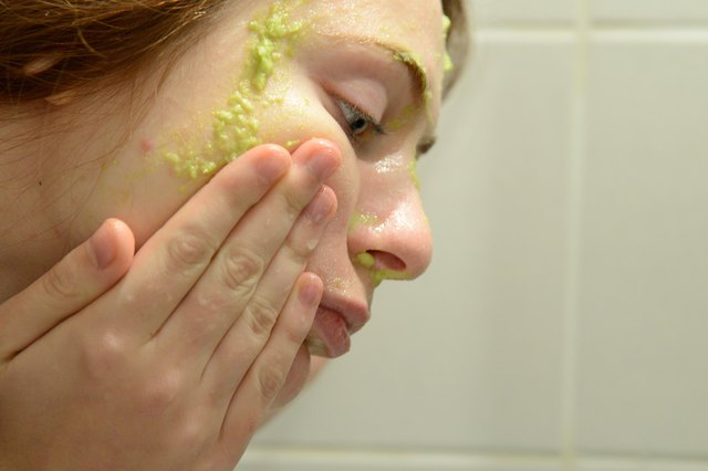 avokado maskesi nasıl sürülür