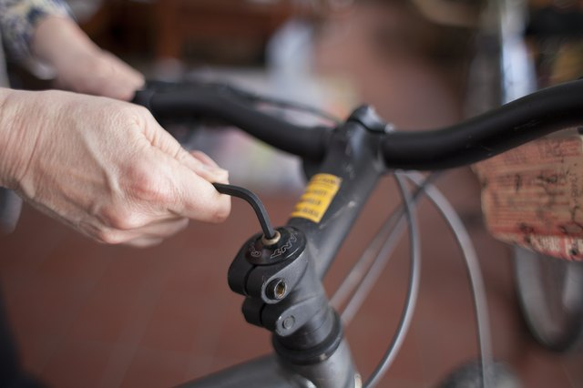 How To Adjust The Height Of Bicycle Handlebars