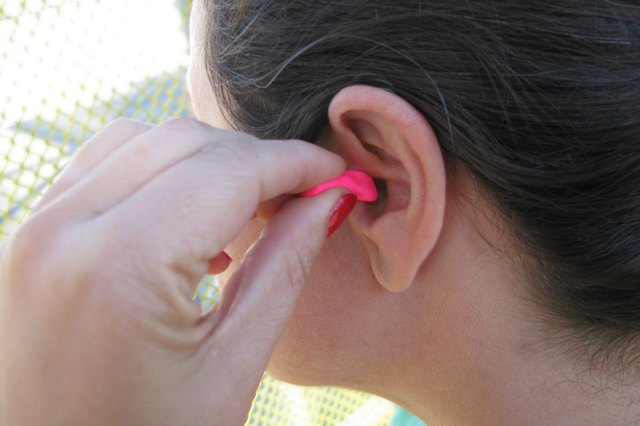 How to protect ears while swimming livestrong ear plugs come in both disposable and reusable versions people who do not solutioingenieria Gallery