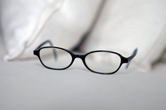 How to Adjust Plastic Eyeglass Frames | LIVESTRONG.COM