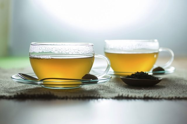 While scientists are not sure of the exact reason why green tea enhances fat loss, you can reap the weight loss effects by drinking three to five 8-ounce cups each day.