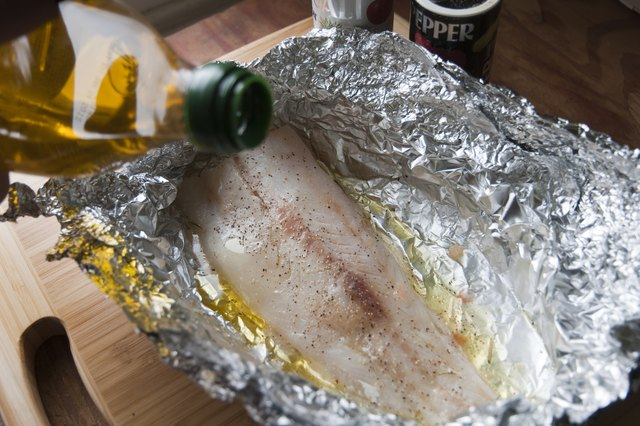 How to bake cod fish in foil livestrong com for How do you cook fish