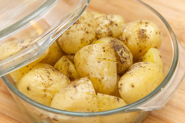 Potatis i mikrovågsugnen