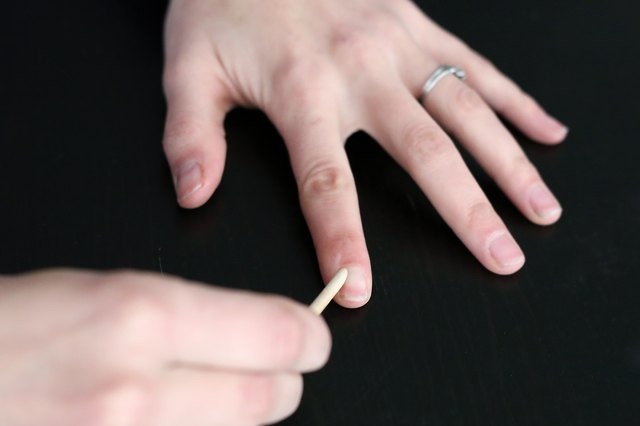 How to Use a Nail Buffer | LIVESTRONG.COM