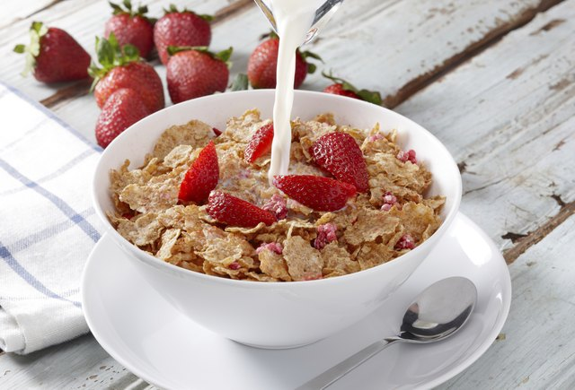 healthy cereal bowl with strawberries