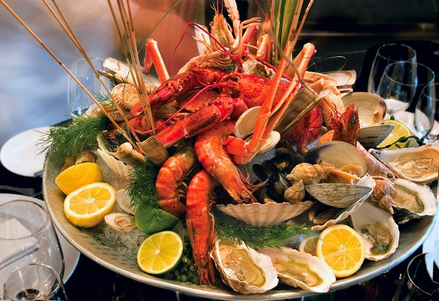 Platter of assorted shellfish