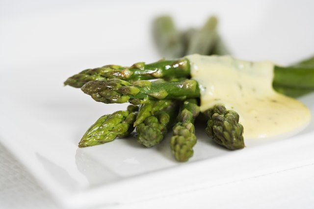 Cooked asparagus.