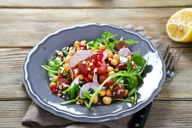 You can try a health vegetarian salad with chickpeas as part of a pescatarian diet.