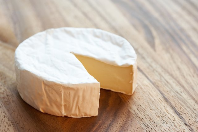 avoid full-fat dairy products like cheese