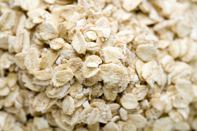 Oats do not cause intestinal problems.