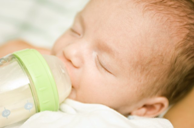 Your newborn should take about 2.5 ounces of formula a day for each pound she gains.