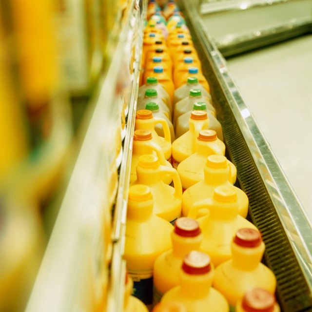 Processed juices often contain a large amount of added sugars or sweeteners, which adds calories to your diet.