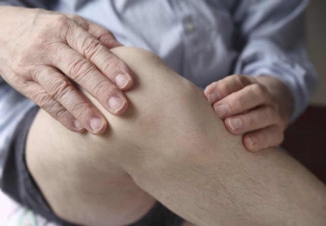 Symptoms Of Poor Circulation In The Legs Livestrong Com